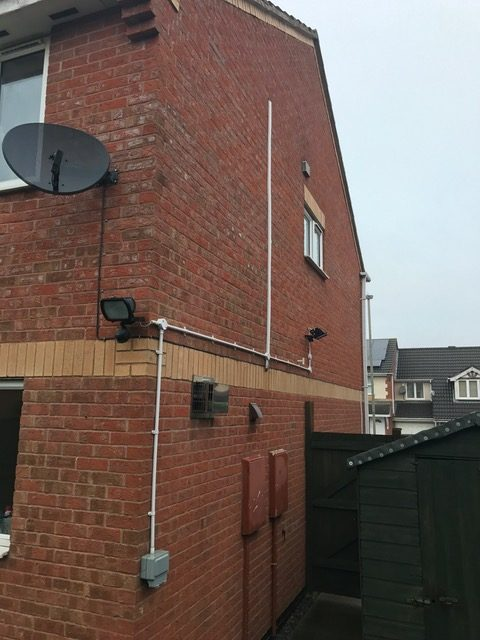 IP66 socket & PIR Halogen floodlights installation